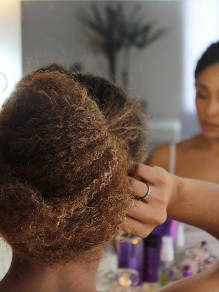 penteados-para-cabelo-cacheado