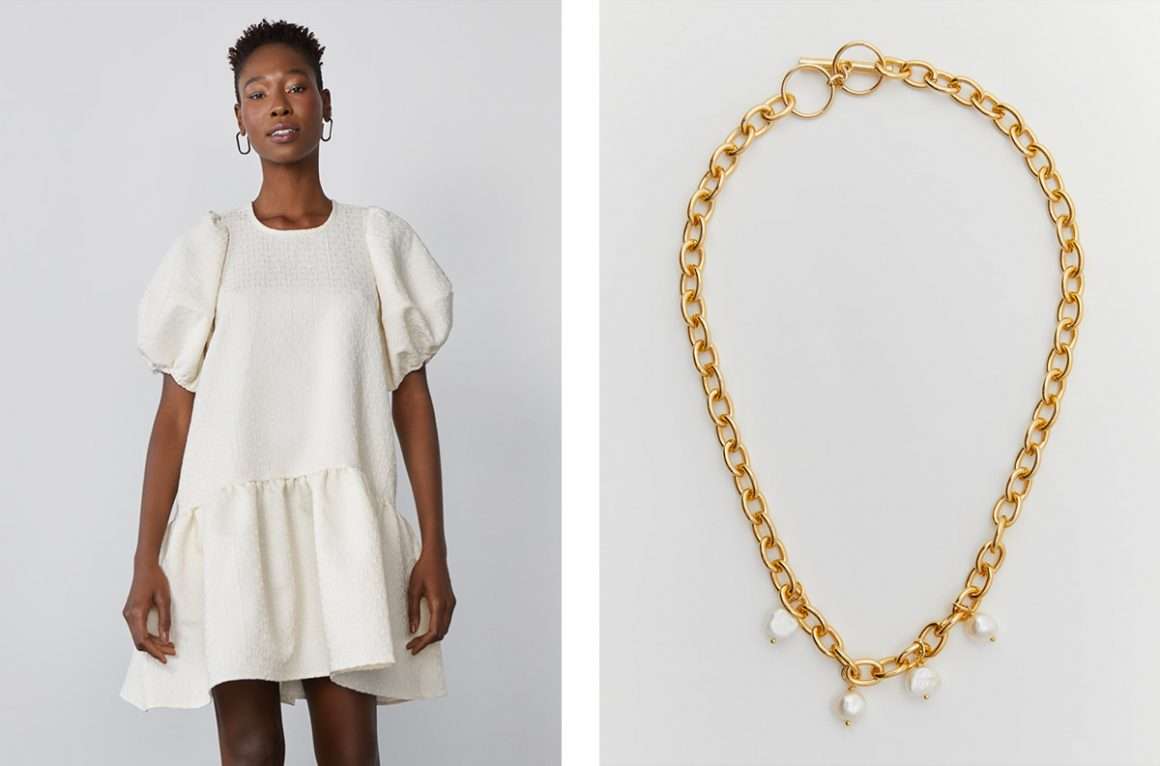 Look vestido com colar de corrente